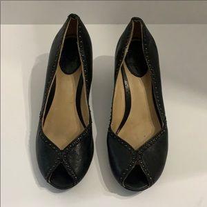 Auth Frye black studded leather open toe heels 6